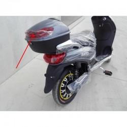 PLASTICA RIFLETTENTE ROSSA DEL BOX PORTAOGGETTI POSTERIORE - bici elettrica scooter sky II tipo z-tech - 1
